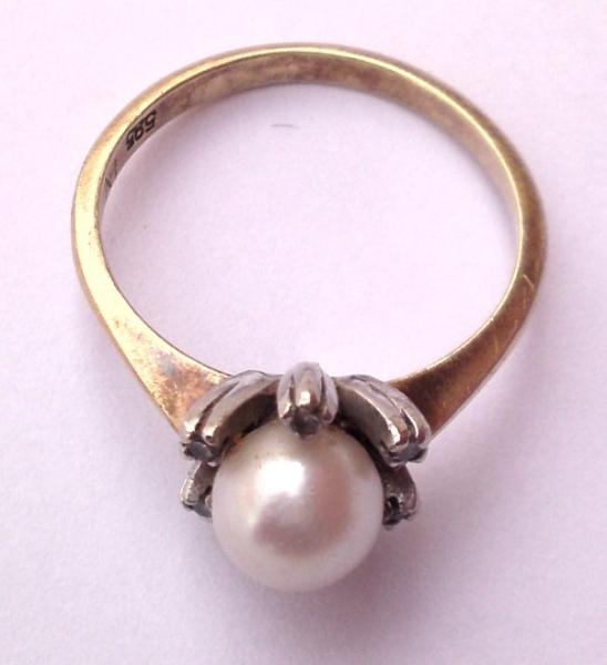 ring585_perle_6brillant_gr17_01